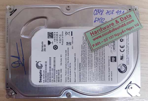 6792 ổ cứng Seagate 250GB hỏng đầu từ