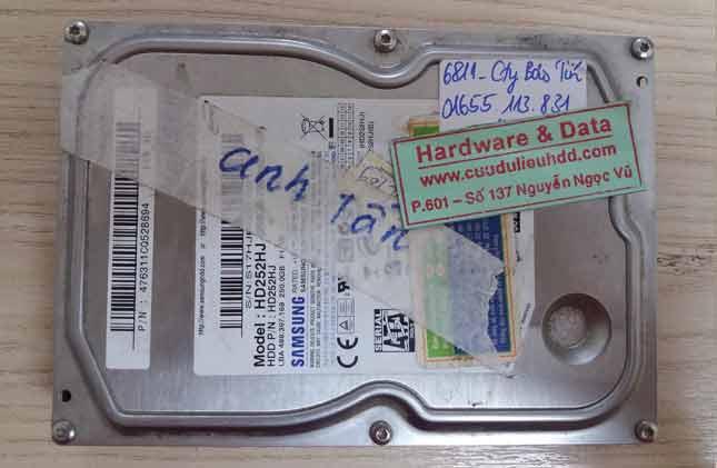 6811 Cứu đữ liệu ổ HDD Samsung 250GB hỏng cơ